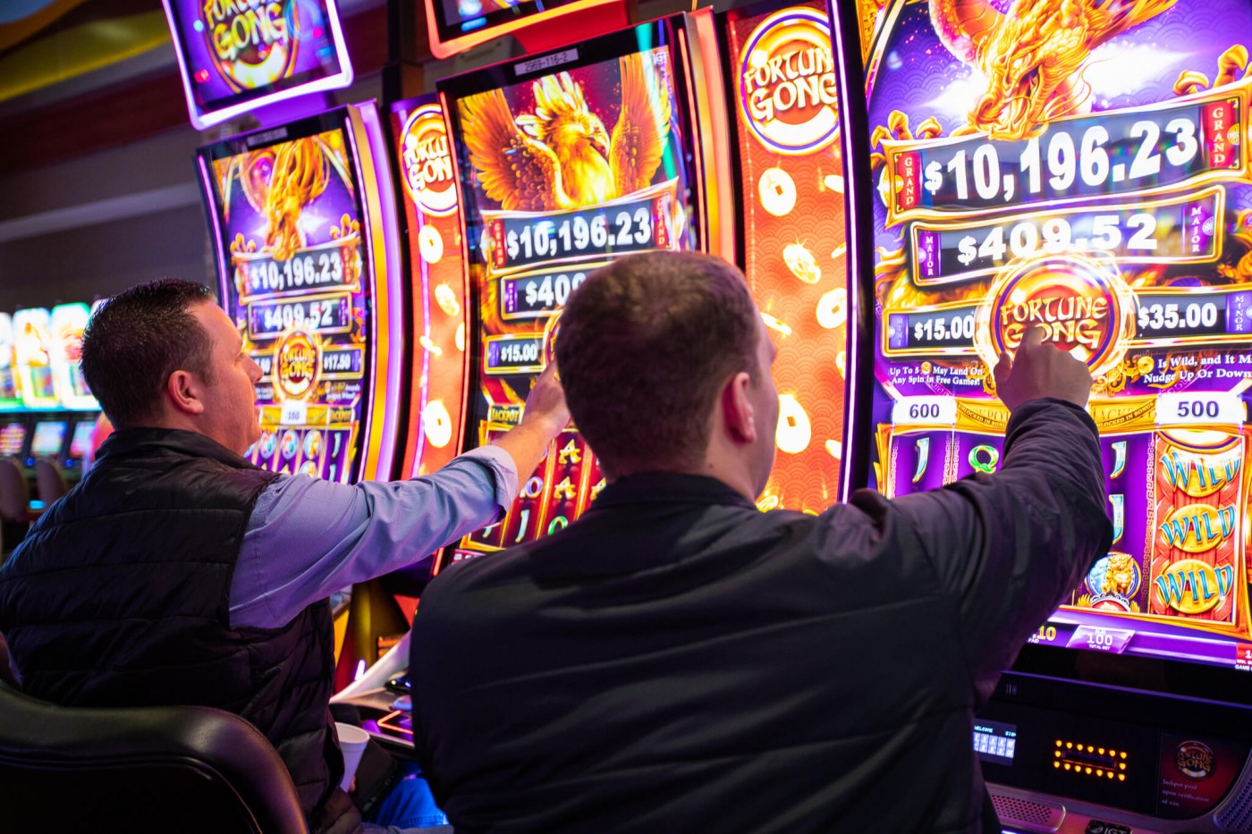 Why Playing Slot Gambling in a Reputed Casino is the Best Option?