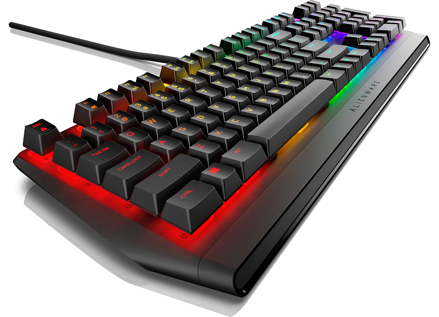 Why are wireless gaming keyboards helpful in proving a better experience?